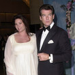 Pierce Brosnan and Keely Shaye Smith - 2001