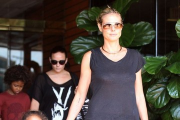 Heidi Klum Gives Us a Double Dose of Snakeskin!