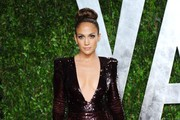 Jennifer Lopez arrives at the 2012 Vanity Fair Oscar Party hosted by Graydon Carter at Sunset Tower on February 26, 2012 in West Hollywood, California.