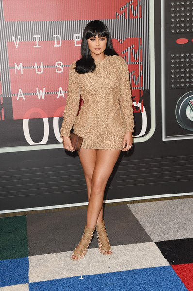 In A Nude Textured Balmain Mini Dress At The 2015 MTV VMAs