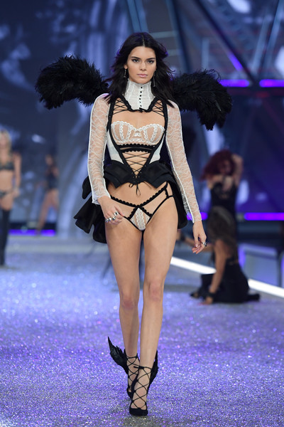 In Monochromatic Lace (And Winged Pumps!) At The 2016 Victoria's Secret Fashion Show