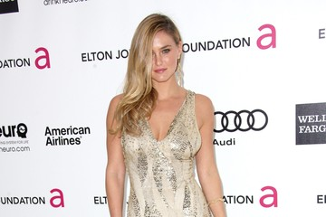 Bar Refaeli Heats Things Up at Oscars 2012 Party