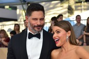 Actors Joe Manganiello and Sofia Vergara arrive for the 23rd Annual Screen Actors Guild Awards at the Shrine Exposition Center on January 29, 2017, in Los Angeles, California. / AFP / FREDERIC J. BROWN