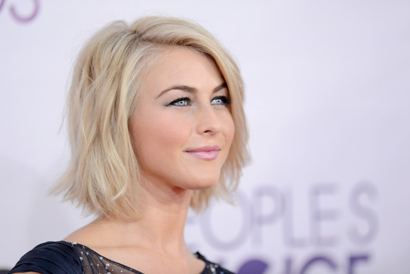 The EXACT Beauty Products Julianne Hough Used at the People's Choice ...