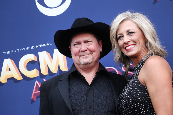 Tracy Lawrence And Becca Lawrence