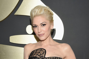 Gwen Stefani's Black Jumpsuit at the 2015 Grammy Awards