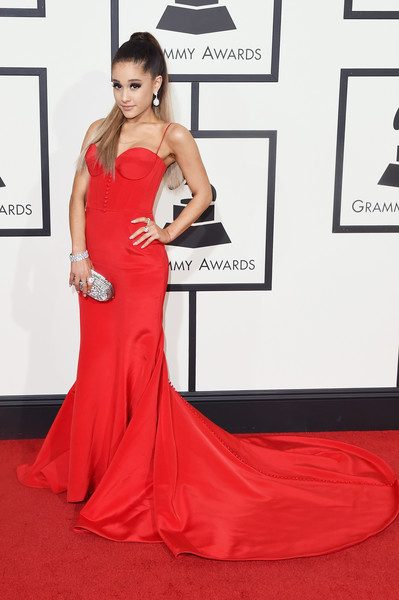In A Slinky Red Romona Keveza Corset Gown At The 2016 Grammys