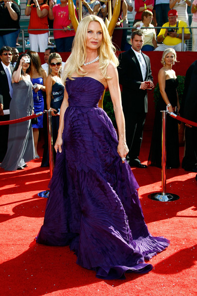 Nicolette Sheridan 2008 Emmy Awards