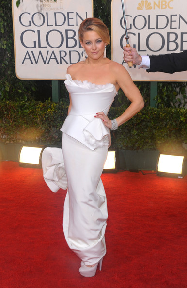 Kate Wearing Marchesa At The Golden Globes, 2010
