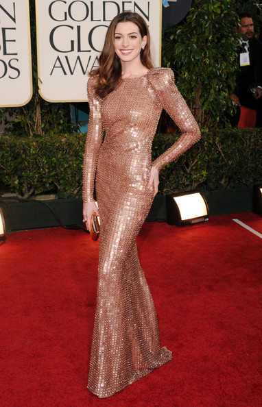 Anne Hathaway in Armani Privé at the 2011 Golden Globes