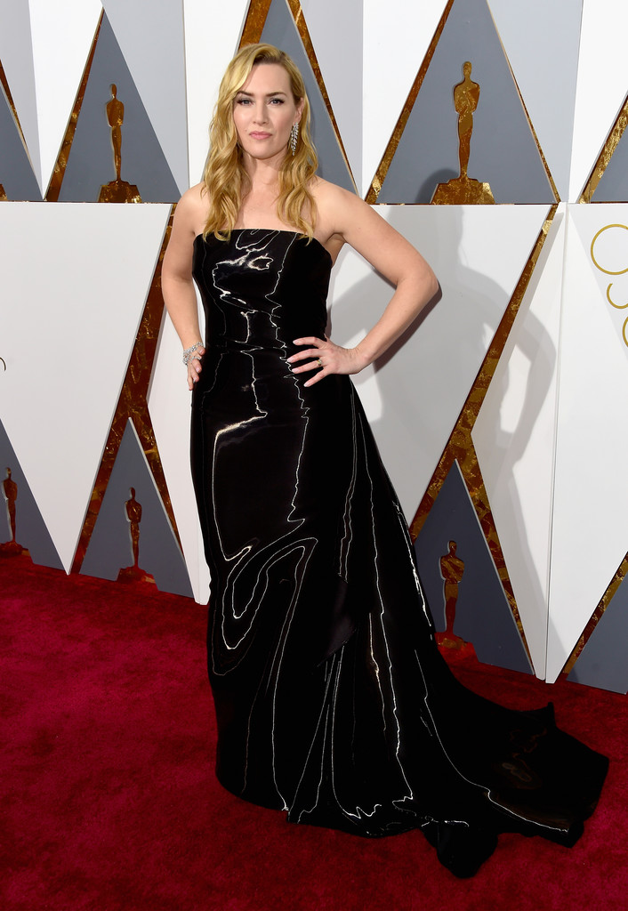 Kate Winslet At The Oscars The Most Beautiful Gowns Of