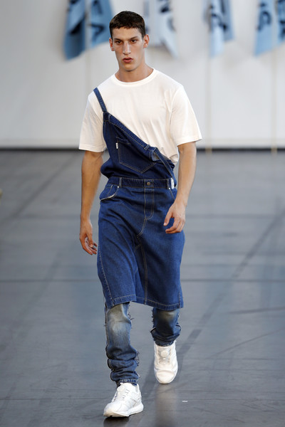 If you can't pull off overalls, maybe your man can?