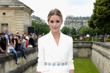 Olivia Palermo Looks Sleek In A White Blazer
