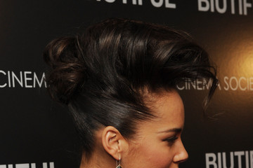 Messy Updos for Very Thick Hair