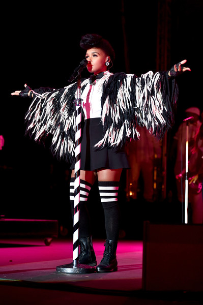 """Performing In A """"Winged"""" Cape At Entertainment Weekly's PopFest At the Reef In 2016"""