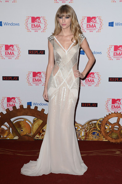 J. Mendel for the 2012 MTV EMAs