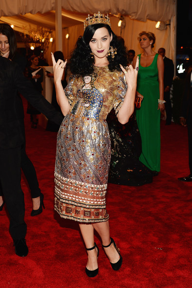 Katy Perry in Dolce & Gabbana, 2013