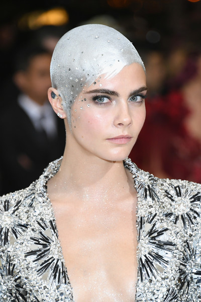 Cara Delevingne's Painted Metallic Hair at the Met Gala