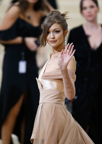 Gigi Hadid's Long Side Bangs at the Met Gala