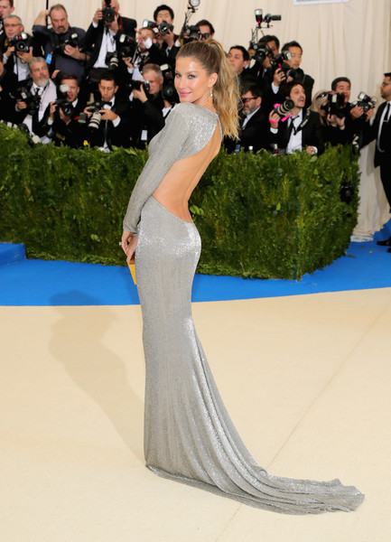 Gisele in Stella McCartney, 2017