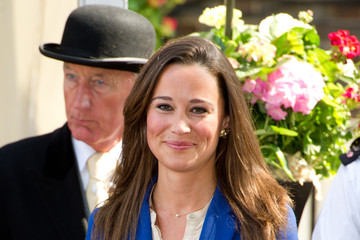 Pippa Middleton Dons Straight Long Locks
