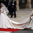 https://www1.pictures.livingly.com/gi/Royal+Wedding+Wedding+Guests+Party+Make+Their+5M7YVezXDKgc.jpg