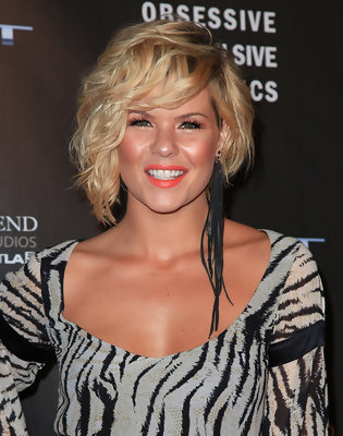 Wedge Hairstyles Pictures of the Celebs You Love