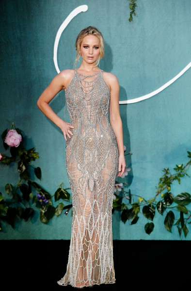 Jennifer Lawrence in Atelier Versace at the UK 'Mother' Premiere