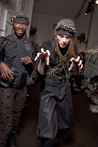 Alexandre Herchcovitch at New York Fall 2010 (Backstage)