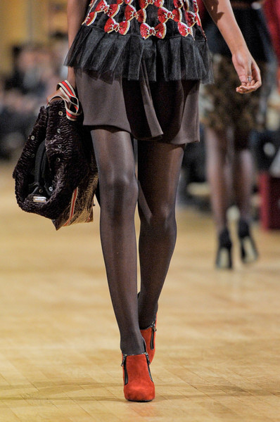 Alexis Mabille at Paris Fall 2012 (Details)