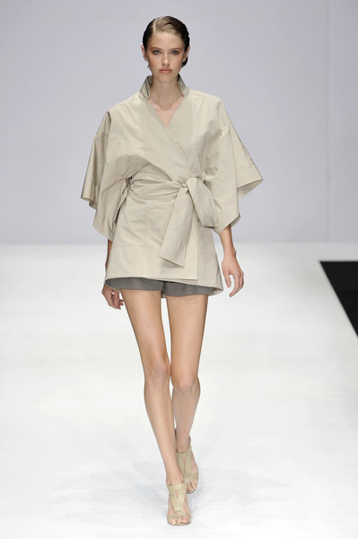 Amanda Wakeley at London Spring 2009