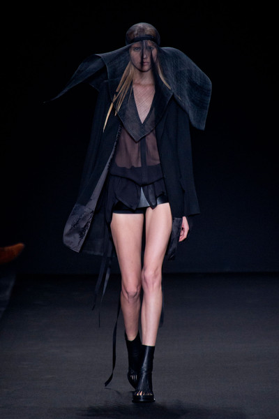 Ann Demeulemeester at Paris Spring 2014