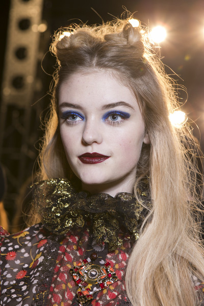 Anna Sui at New York Fall 2017 (Backstage)