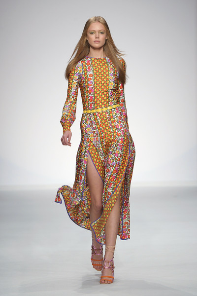 Aquilano.Rimondi at Milan Spring 2011