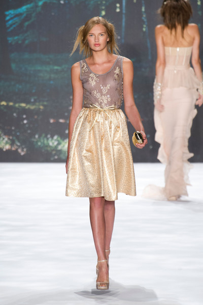Badgley Mischka at New York Spring 2013