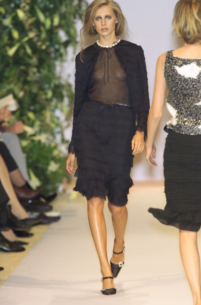 Balmain at Couture Spring 2001 [couture spring 2001,fashion model,clothing,fashion show,fashion,runway,dress,little black dress,cocktail dress,shoulder,waist,dress,fashion,runway,spring,haute couture,model,fashion model,balmain,fashion show,balmain,fashion show,fashion,haute couture,runway,model,supermodel,spring,little black dress]