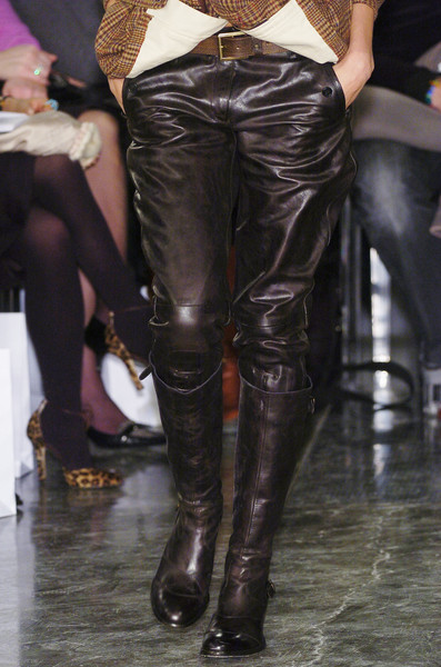 Belstaff at Milan Fall 2005 (Details)