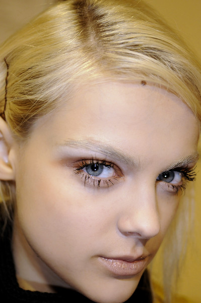 Bora Aksu at London Fall 2008 (Details)