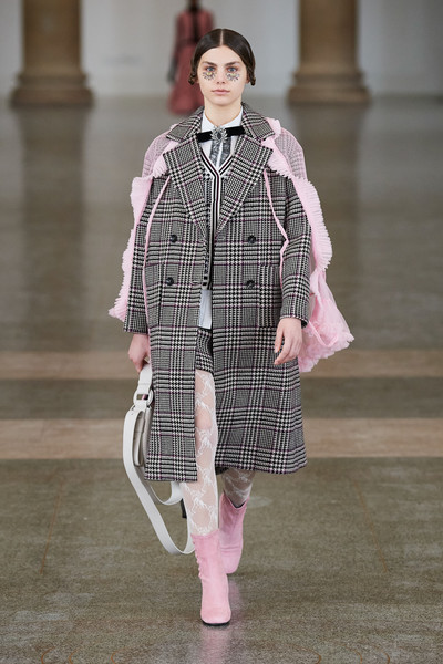 Bora Aksu at London Fall 2021 [footwear,hairstyle,neck,street fashion,textile,sleeve,waist,eyewear,dress,runway,shoe,keyboard,bora aksu,runway,fashion,fashion model,haute couture,street fashion,london fashion week,fashion show,fashion show,tartan,runway,haute couture,fashion,shoe,fashion model,model m keyboard]