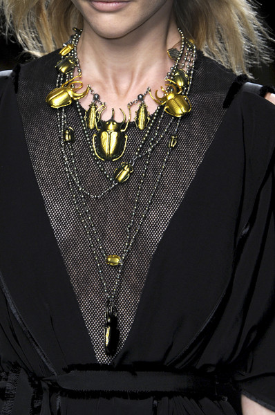 Bottega Veneta at Milan Fall 2010 (Details)
