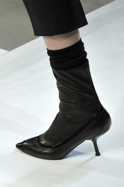 Bottega Veneta at Milan Fall 2012 (Details)