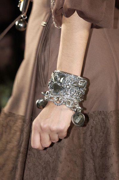 Bottega Veneta at Milan Spring 2006 (Details)