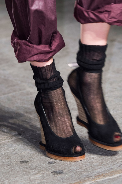 Bottega Veneta at Milan Spring 2017 (Details) [footwear,shoe,boot,purple,leg,fashion,sandal,ankle,human leg,high heels,shoe,shoe,sneakers,sock,fashion accessory,ballet flat,fashion,boot,sandal,milan fashion week,sandal,shoe,sock,fashion,high-heeled shoe,sneakers,fashion accessory,boot,ballet flat]