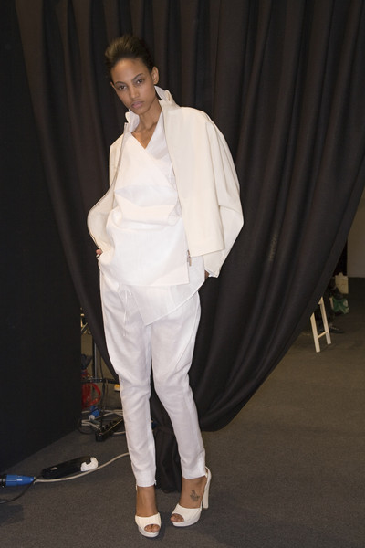 Brioni at Milan Spring 2009 (Backstage)