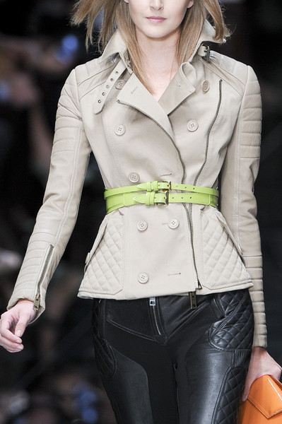 Burberry Prorsum at London Spring 2011 (Details)