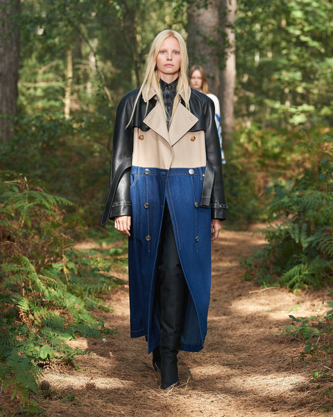Burberry Prorsum at London Spring 2021 [clothing,jeans,outerwear,denim,fashion,street fashion,trousers,jacket,coat,forest,outerwear,trousers,fashion,coat,street fashion,bella hadid,jacket,burberry prorsum,london fashion week,new york fashion week,bella hadid,burberry,london fashion week,fashion,new york fashion week,coat,ready-to-wear,fashion show,givenchy]