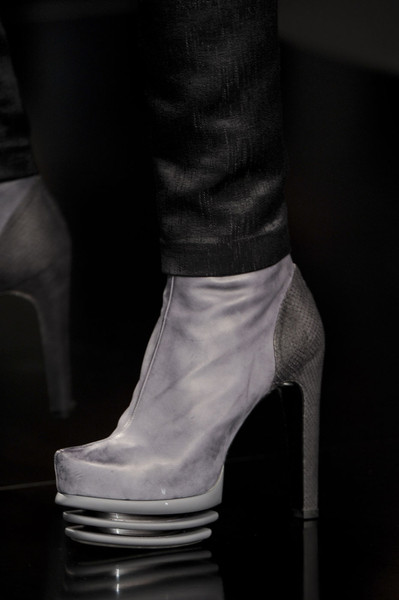 Byblos at Milan Fall 2011 (Details)