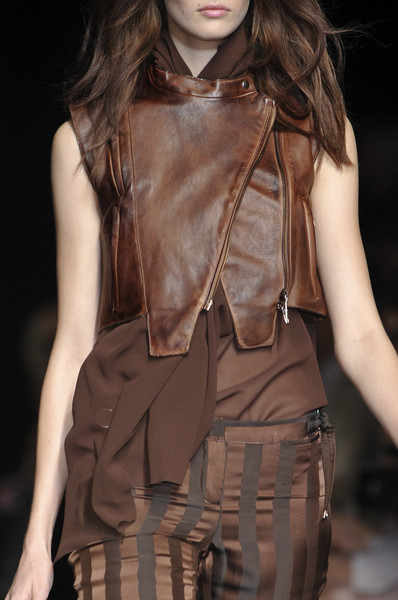 COSTUME NAT at Paris Spring 2010 (Details)