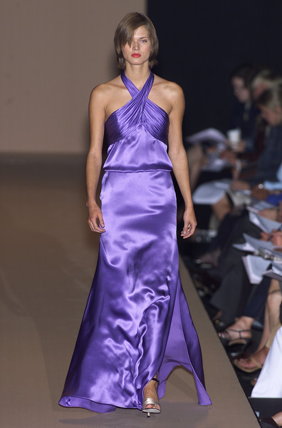 Carolina Herrera at New York Spring 2001 [fashion model,fashion show,fashion,dress,clothing,gown,haute couture,shoulder,runway,satin,gown,cocktail dress,supermodel,runway,fashion,haute couture,satin,model,new york fashion week,fashion show,runway,fashion show,cocktail dress,fashion,haute couture,model,supermodel,satin,gown,purple]