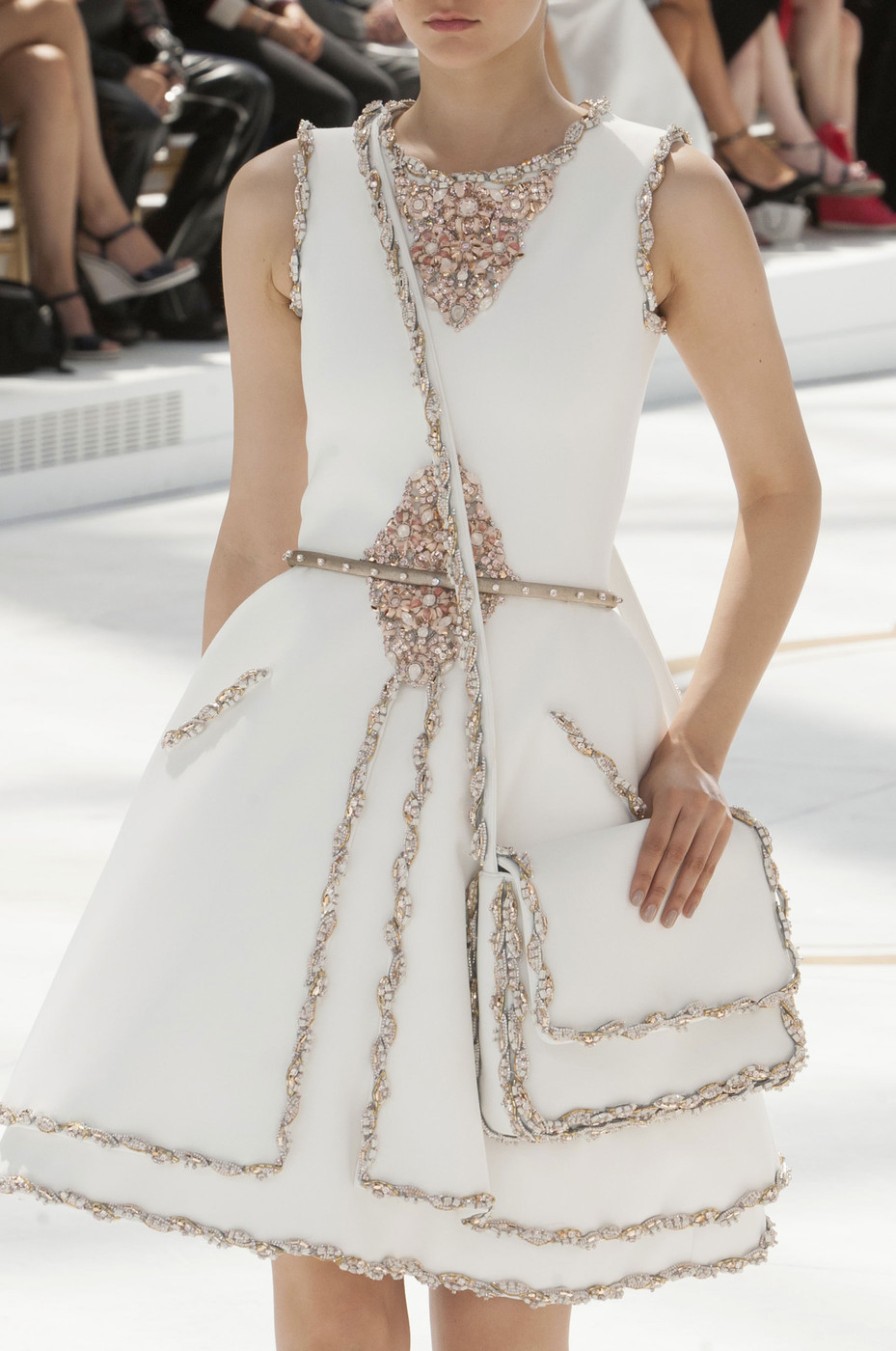 chanel fall 2014 runway pictures livingly